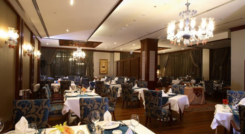هتل هالیدی این استانبول 3