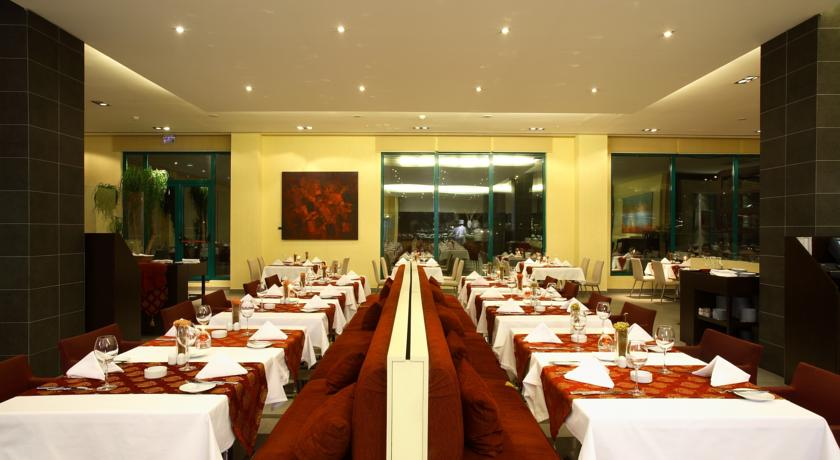 هتل هالیدی این استانبول 5
