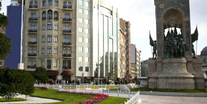 هتل کریستال لیون 2