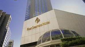 هتل فور سیزن ونکوور,رزرو هتل فور سیزن ونکوور,قیمت هتل فور سیزن ونکوور,هتل فور سیزن,هتل فور سیزن کانادا,درباره هتل فور سیزن