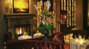 هتل ویج وود ونکوور,رزرو هتل ویج وود ونکوور,قیمت هتل ویج وود ونکوور,درباره هتل ویج وود ونکوور,مشخصات هتل ویج وود ونکوور,هتل ویج وود کانادا