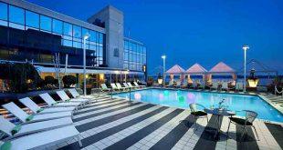 هتل رادیسون آدمیرال تورنتو,هتل رادیسون آدمیرال,رزرو هتل رادیسون آدمیرال تورنتو,قیمت هتل رادیسون آدمیرال تورنتو,درباره هتل رادیسون آدمیرال
