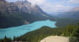 رشته کوه های راکی,رشته کوه های راکی امریکا,دیدنی های امریکا,طبیعت گردی در امریکا,سفر به امریکا,جاذبه های گردشگری امریکا