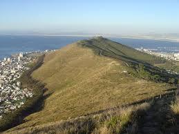تپه سیگنال,تاریخچه تپه سیگنال,درباره تپه سیگنال,دانستنی های جالب درباره تپه سیگنال,سفر به تپه سیگنال در آفریقای جنوبی