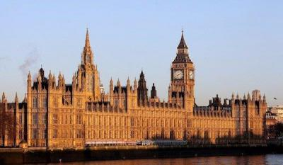 خانه پارلمان,کاخ وست مینستر,معماری کاخ وست مینستر,کلیسای وست مینستر,کاخ های انگلستان,ساعت کاخ وست مینستر,خانه های تاریخی لندن