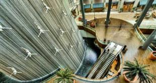 آبشار بشر دبی,آبشار بشر دبی مال,آبشار مصنوعی دبی,آبشار دبی مال,مرکز خرید دبی مال,آبشار بشر,دبی مال,دیدنی های دبی مال