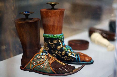درباره موزه کفش در کانادا,موزه کفش در کانادا,دیدنی های درباره موزه کفش در کانادا,جاذبه های درباره موزه کفش در کانادا
