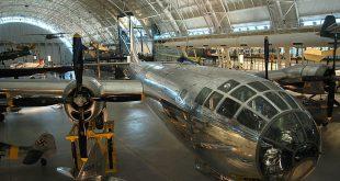 موزه هوا و فضا کانادا,موزه کانادا,سفر به کانادا,موزه های کانادا,مکان های تاریخی کانادا,دیدنی های کانادا,هوا و فضا کانادا