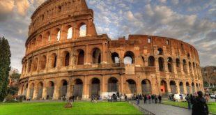 سفر به ایتالیا,سفر به کشور ایتالیا,سفر به میلان در ایتالیا,جاذبه های گردشگری ایتالیا,قایقهای محلی گاندولا در ونیز ایتالیا,زیبایی های ایتالیا