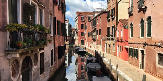 چگونگی ساخت شهر ونیز ایتالیا,شهر ونیز,هنرو معماری و طبیعت شهر ونیز,پل ریالتو در ونیز ایتالیا,منطقه سن پولو در ونیز ایتالیا,سفر به ایتالیا