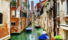فوندانسیون ساختمان ونیز ایتالیا,ونیز ایتالیا,جزیره های کوچک به هم پیوسته ونیز,ساختمان های ونیز ایتالیا,معماری ونیز ایتالیا