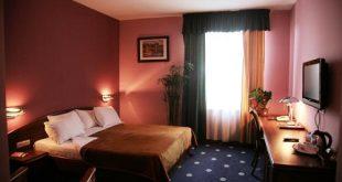اتاق های هتل آرارات ارمنستان,هتل آرارات ارمنستان,امکانات اتاق های هتل آرارات ارمنستان,انواع اتاق های هتل آرارات ارمنستان,هتل آرارات در ارمنستان